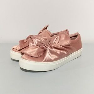 Steve by Steve Madden pink satin bow sneakers
